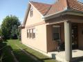 Dunavarsány központi részén családi ház