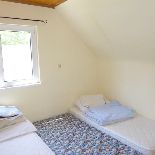 Eladó  nyaraló (Jász-Nagykun-Szolnok megye, Berekfürdő) 13,5 M  Ft