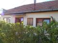 Kemecsén 2 szobás, kertes családi ház el
