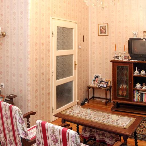 Eladó  téglalakás (Budapest, V. kerületBudapest, V. kerület, József Attila u.) 41,5 M  Ft