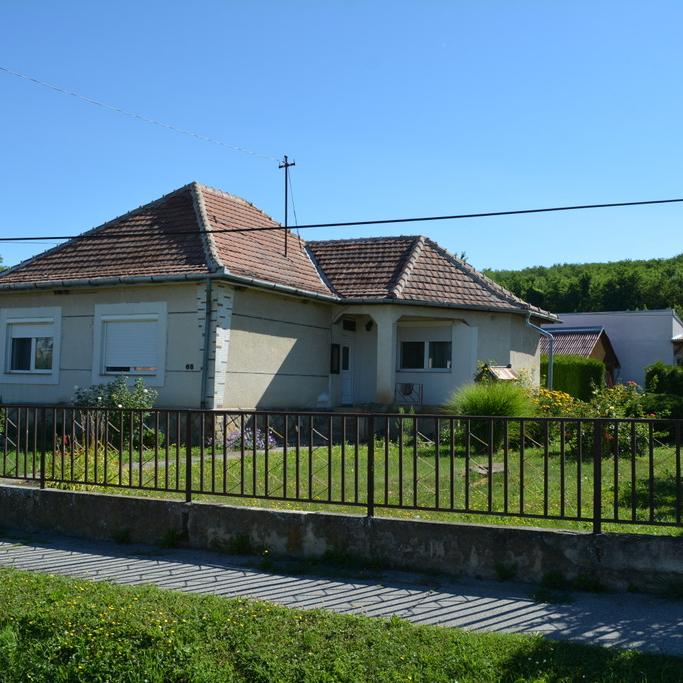 Eladó  családi ház (Zala megye, Felsőrajk) 14,5 M  Ft