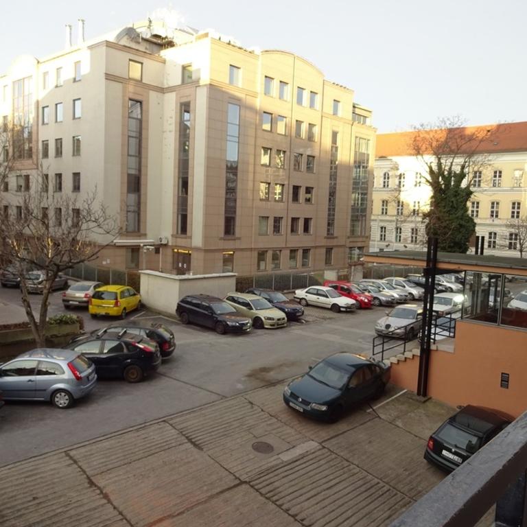 Kiadó  téglalakás (Budapest, II. kerületBudapest, II. kerület, Csalogány u.) 150 E  Ft/hó
