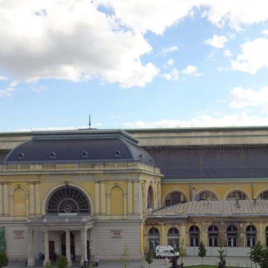 Eladó  téglalakás (Budapest, VII. kerület, Baross tér) 19,99 M  Ft