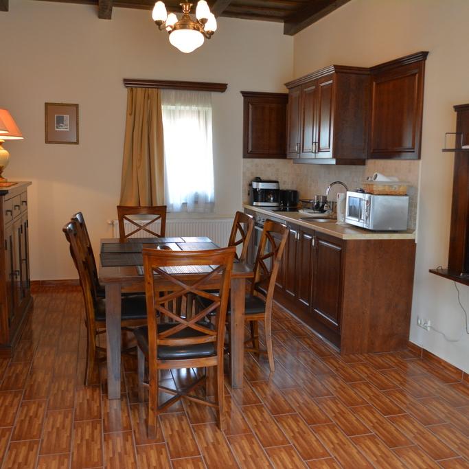 Eladó  családi ház (Zala megye, Zalakaros, Fő út ) 32 M  Ft