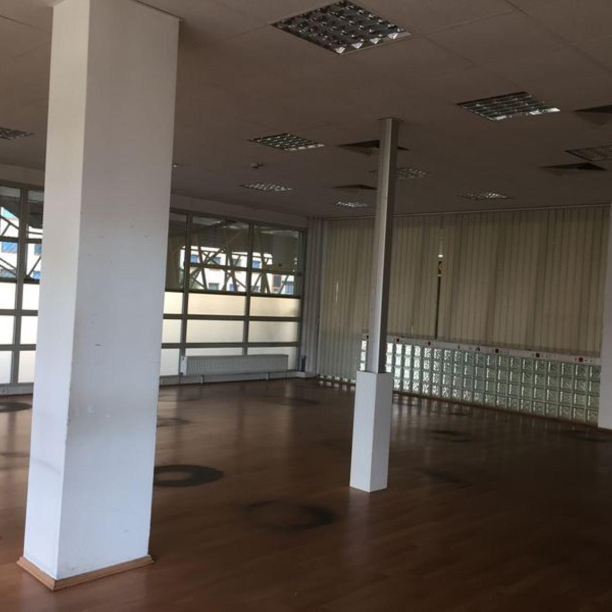 Kiadó  iroda (Budapest, XIII. kerületBudapest, XIII. kerület, Lehel u.) 1,92 M  Ft/hó +ÁFA