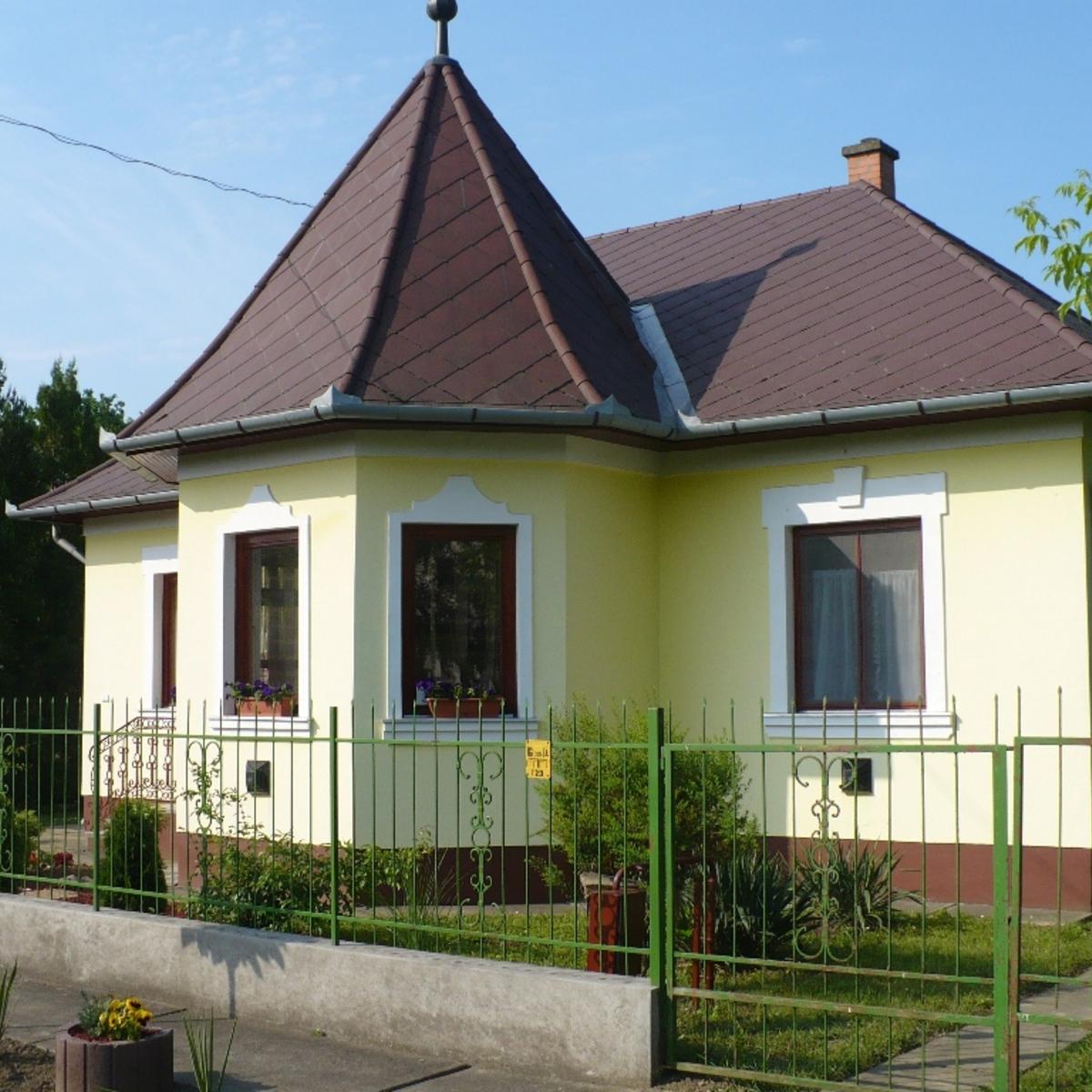 Eladó  családi ház (Jász-Nagykun-Szolnok megye, Berekfürdő, Fátyol) 24,5 M  Ft