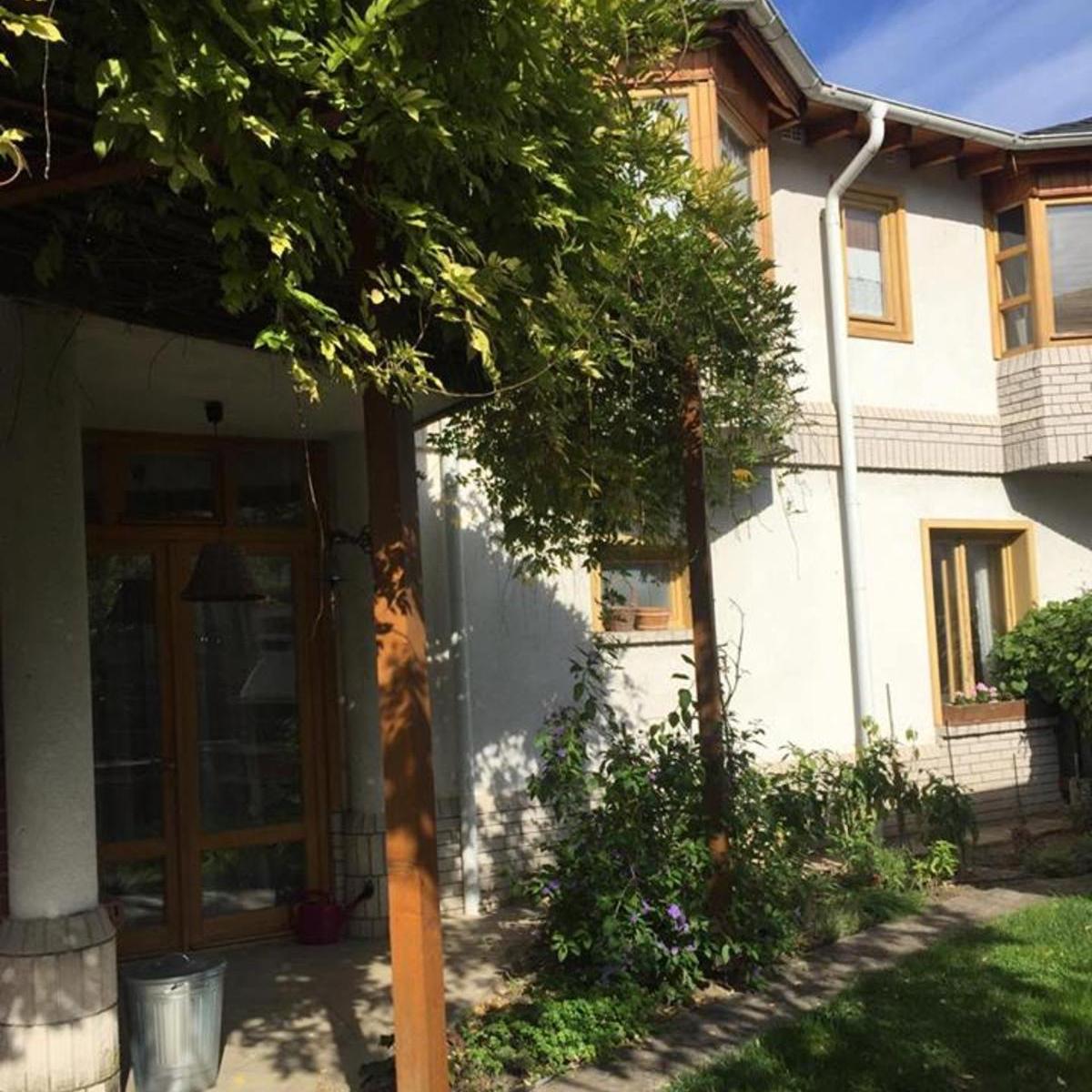 Eladó  családi ház (Budapest, XIV. kerület) 98 M  Ft