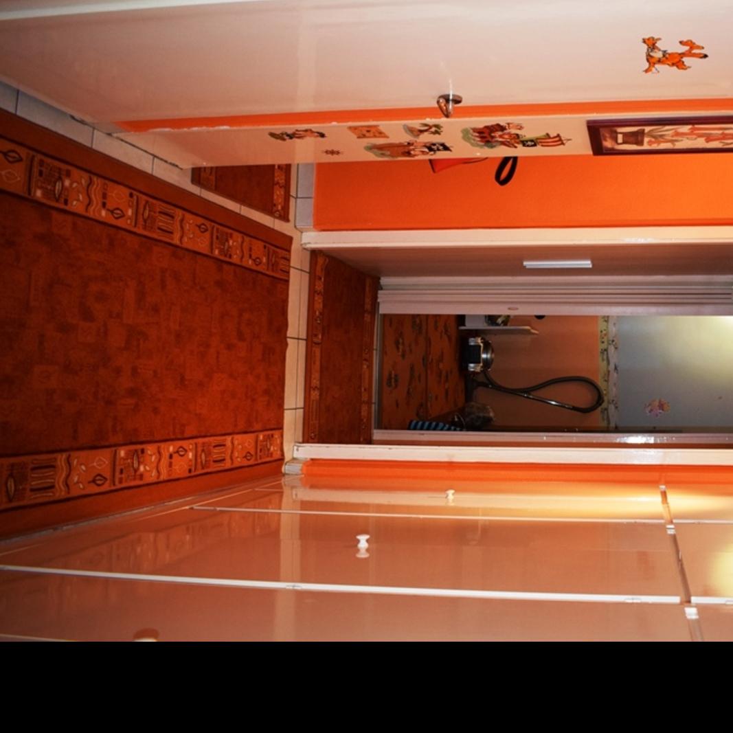 Eladó  panellakás (Pest megye, Szigetszentmiklós, Szent Miklós útja) 17,6 M  Ft