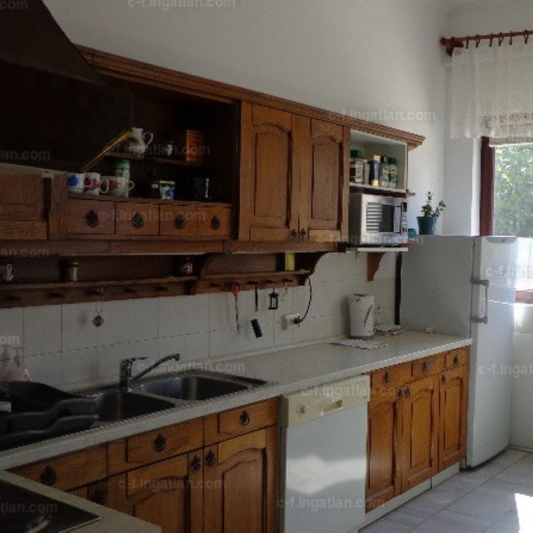 Eladó  családi ház (Budapest, XIV. kerületBudapest, XIV. kerület) 130 M  Ft