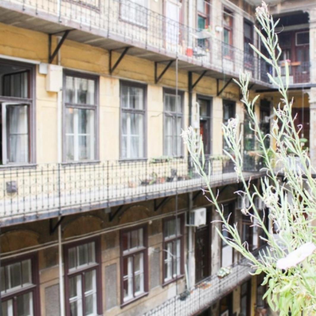 Eladó  téglalakás (Budapest, VII. kerület) 31,99 M  Ft