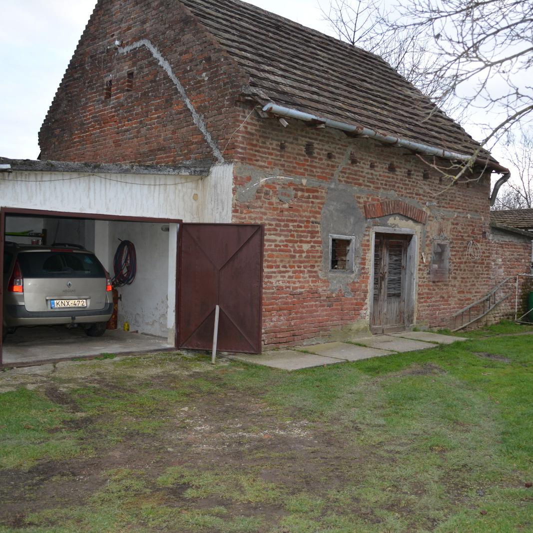 Eladó  családi ház (Somogy megye, Csurgó) 9,8 M  Ft