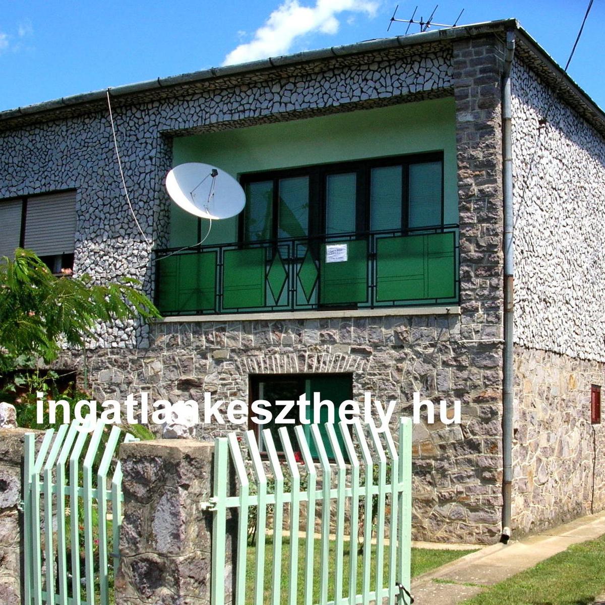 Eladó  családi ház (Szabolcs-Szatmár-Bereg megye, Nyírcsászári, Ady Endre utca) 12,99 M  Ft