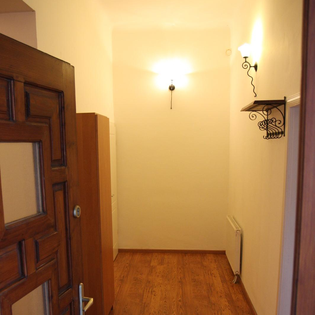 Eladó  téglalakás (Budapest, VII. kerületBudapest, VII. kerület) 54,6 M  Ft