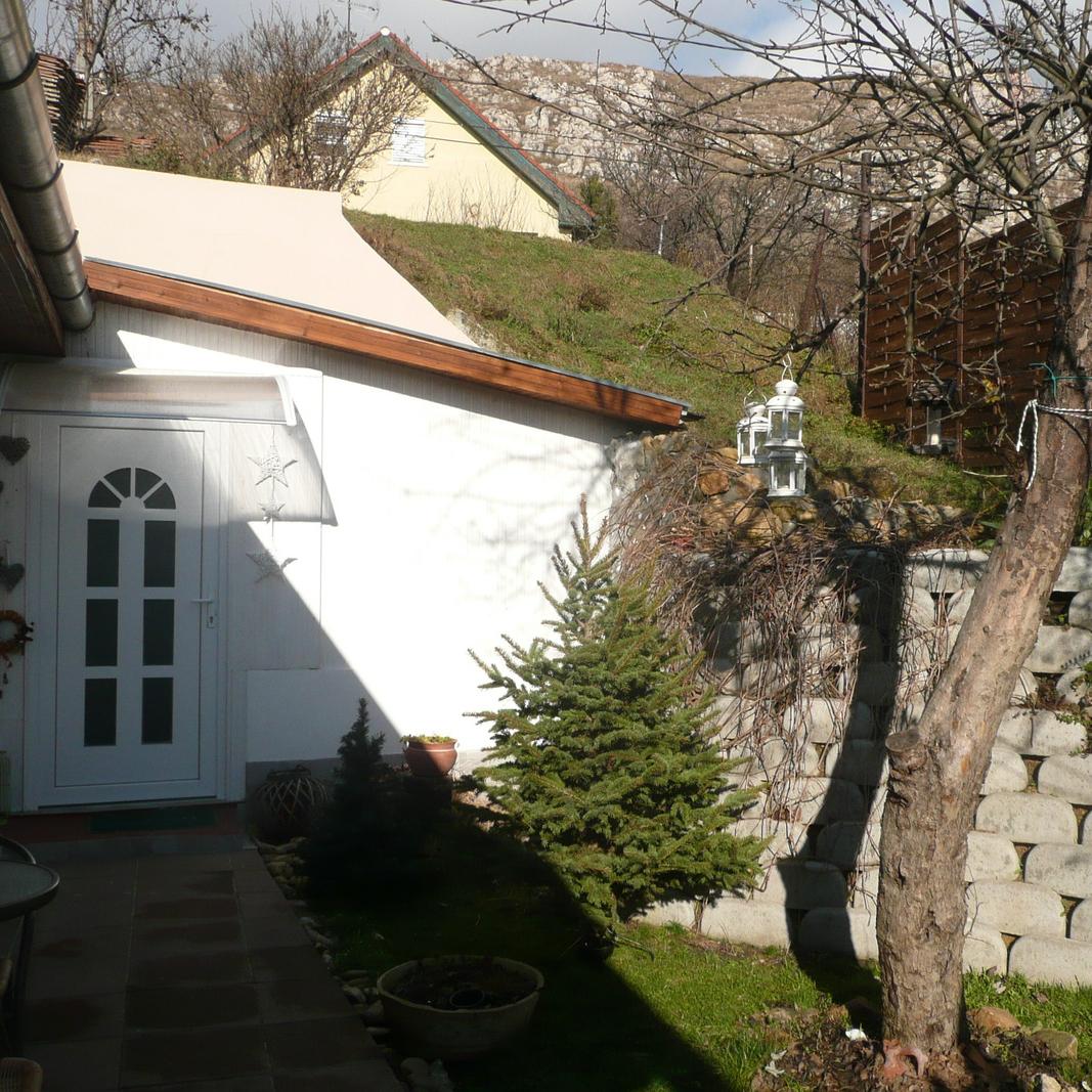 Eladó  családi ház (Pest megye, Budaörs) 17 M  Ft