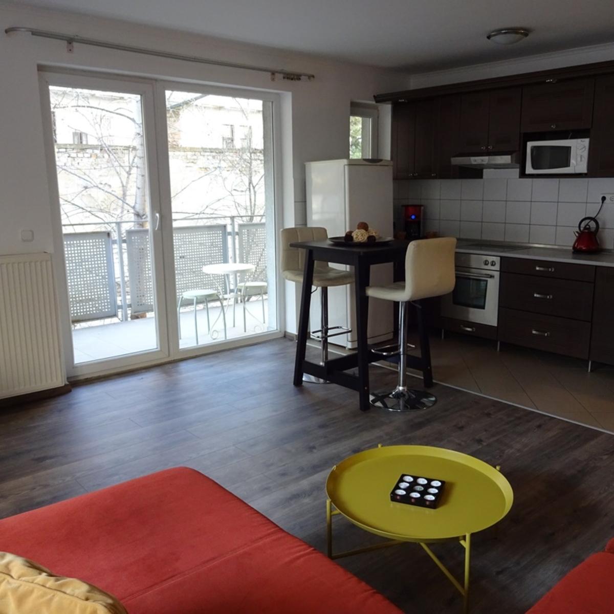 Kiadó  téglalakás (Budapest, IX. kerületBudapest, IX. kerület, Márton u.) 160 E  Ft/hó