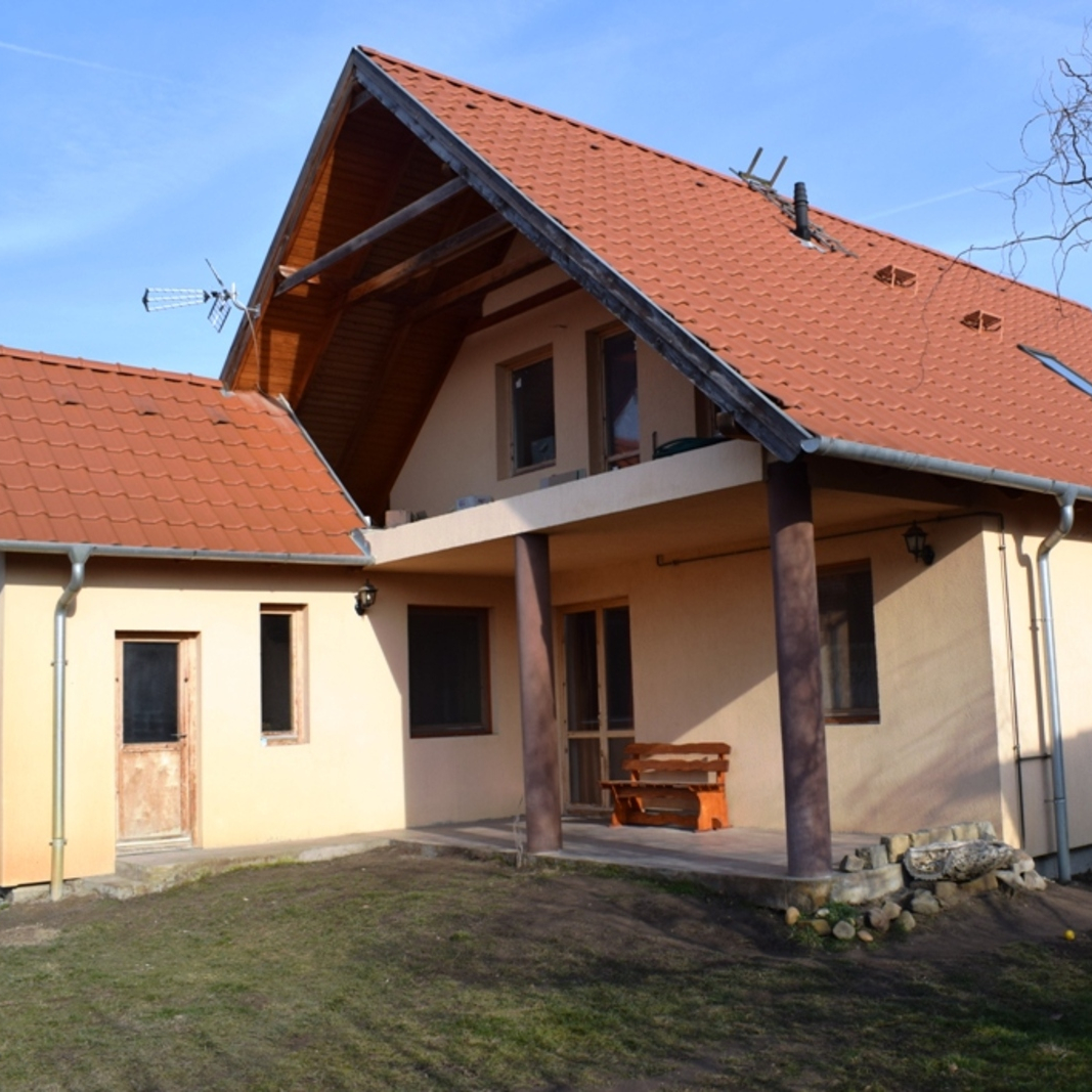 Eladó  családi ház (Pest megye, Délegyháza) 38,5 M  Ft