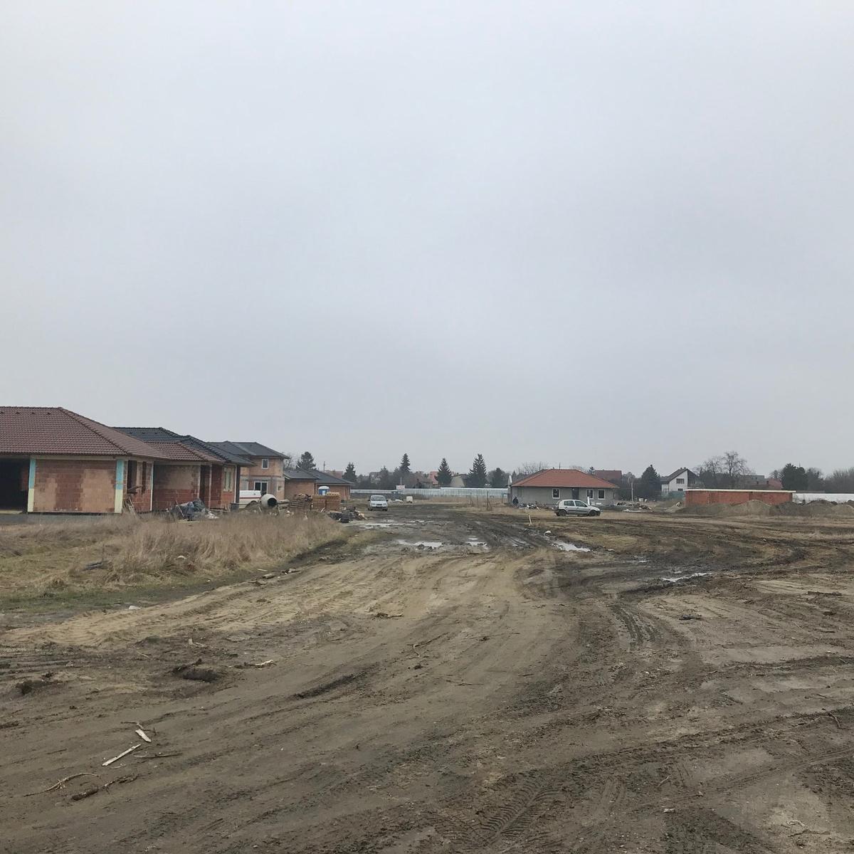 Eladó  telek (Pest megye, Szigetszentmiklós, Vadrózsa utca) 18,5 M  Ft