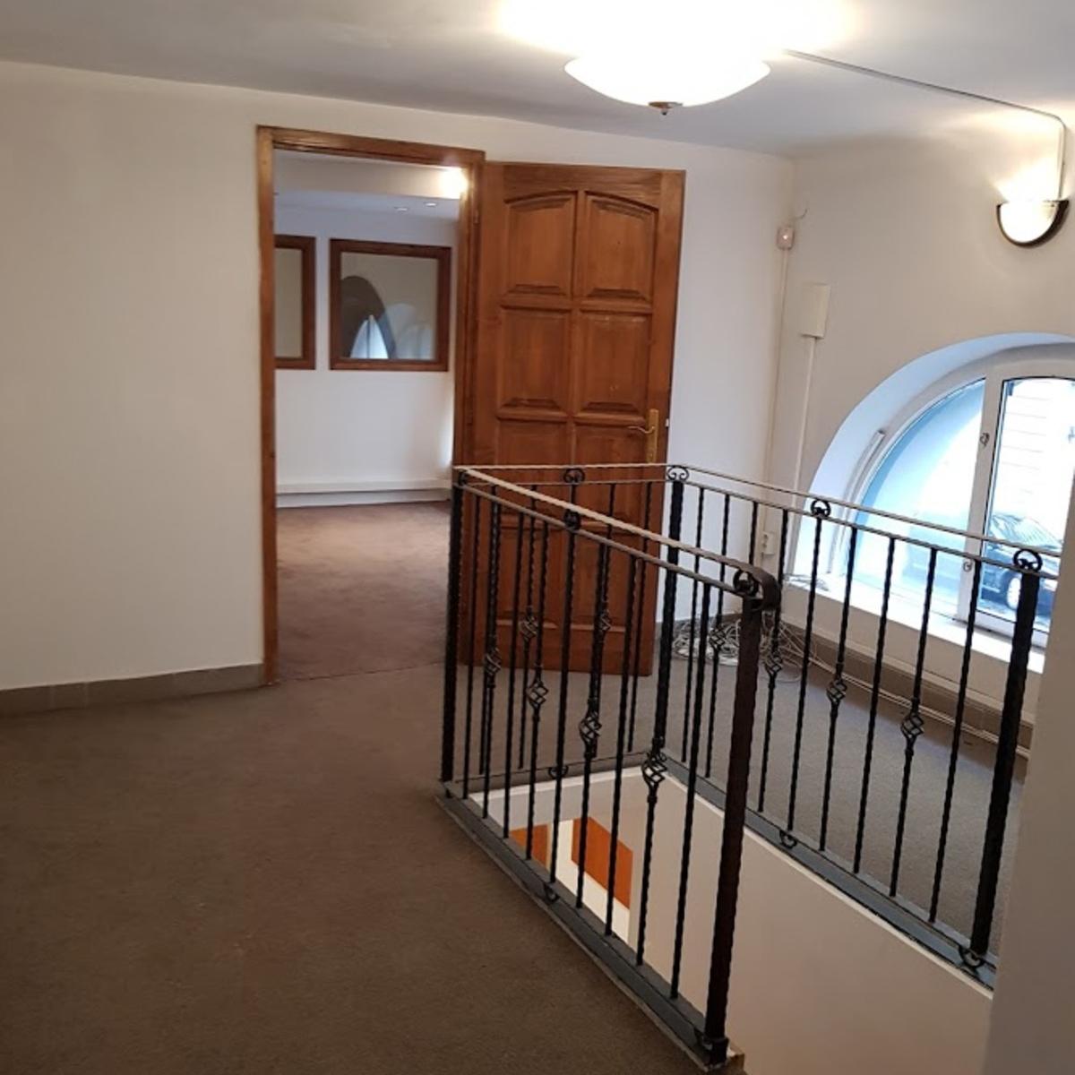 Eladó  iroda (Budapest, VI. kerületBudapest, VI. kerület, Podmaniczky u.) 74 M  Ft
