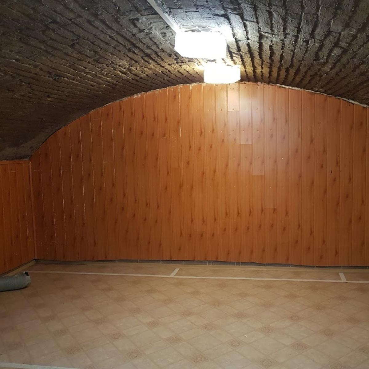 Eladó  ipari ingatlan (Budapest, VI. kerületBudapest, VI. kerület, Csengery u.) 19,9 M  Ft