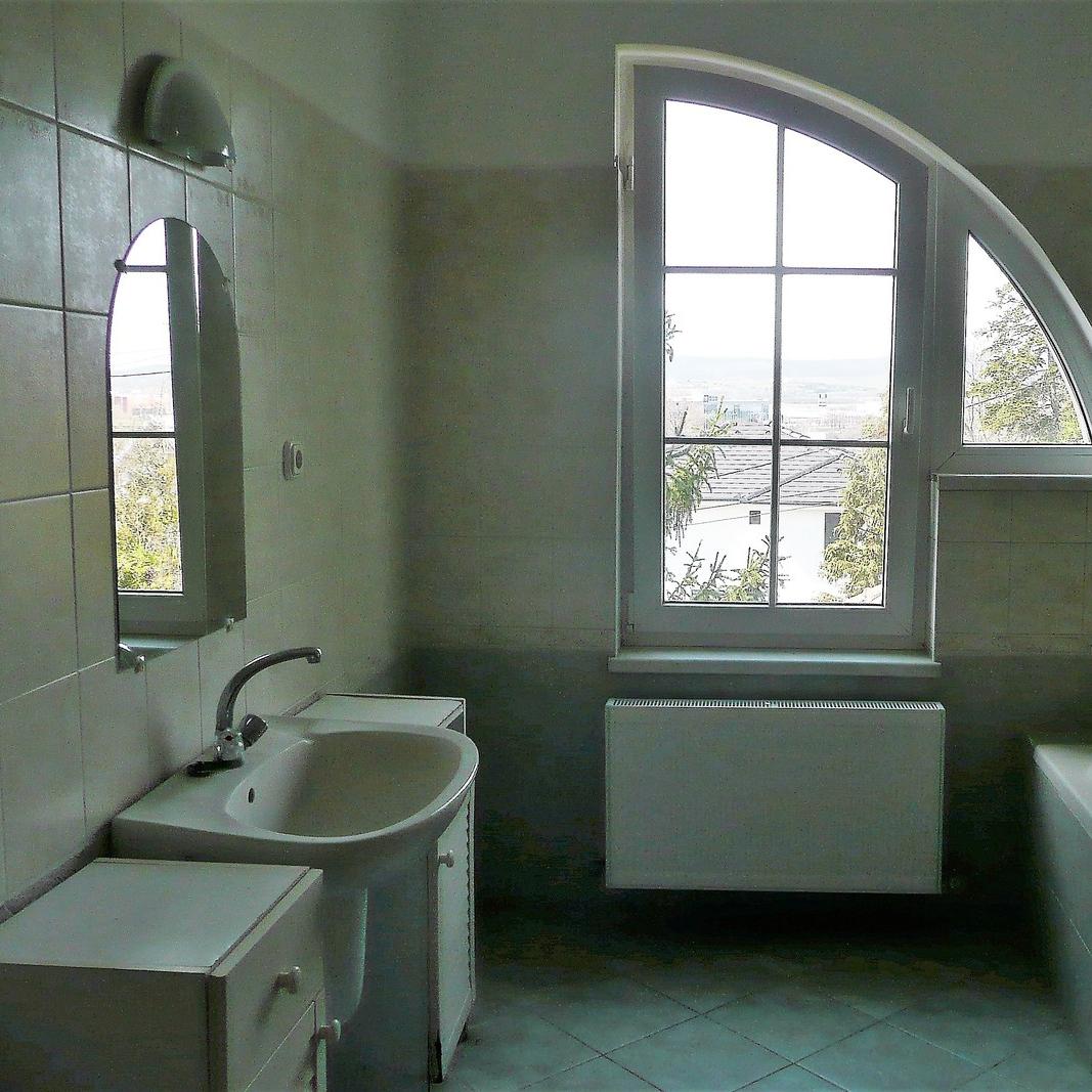 Eladó  családi ház (Pest megye, Budaörs) 89 M  Ft