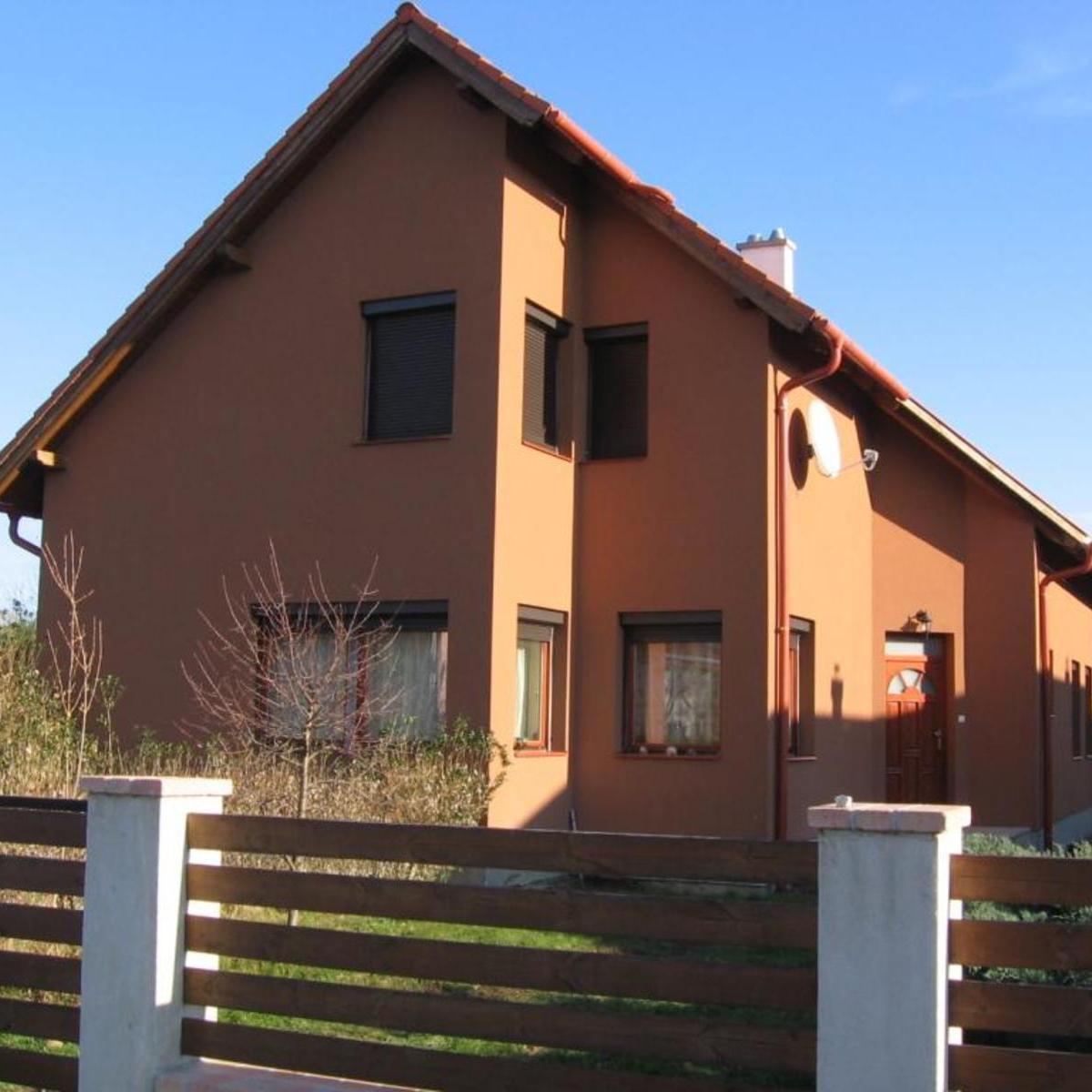 Eladó  nyaraló (Veszprém megye, Balatonvilágos, Barackos utca) 37,9 M  Ft