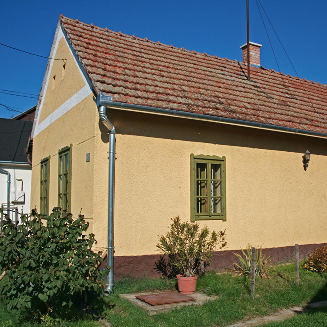 Eladó  családi ház (Zala megye, Balatonmagyaród, Petőfi Sándor utca) 8,2 M  Ft