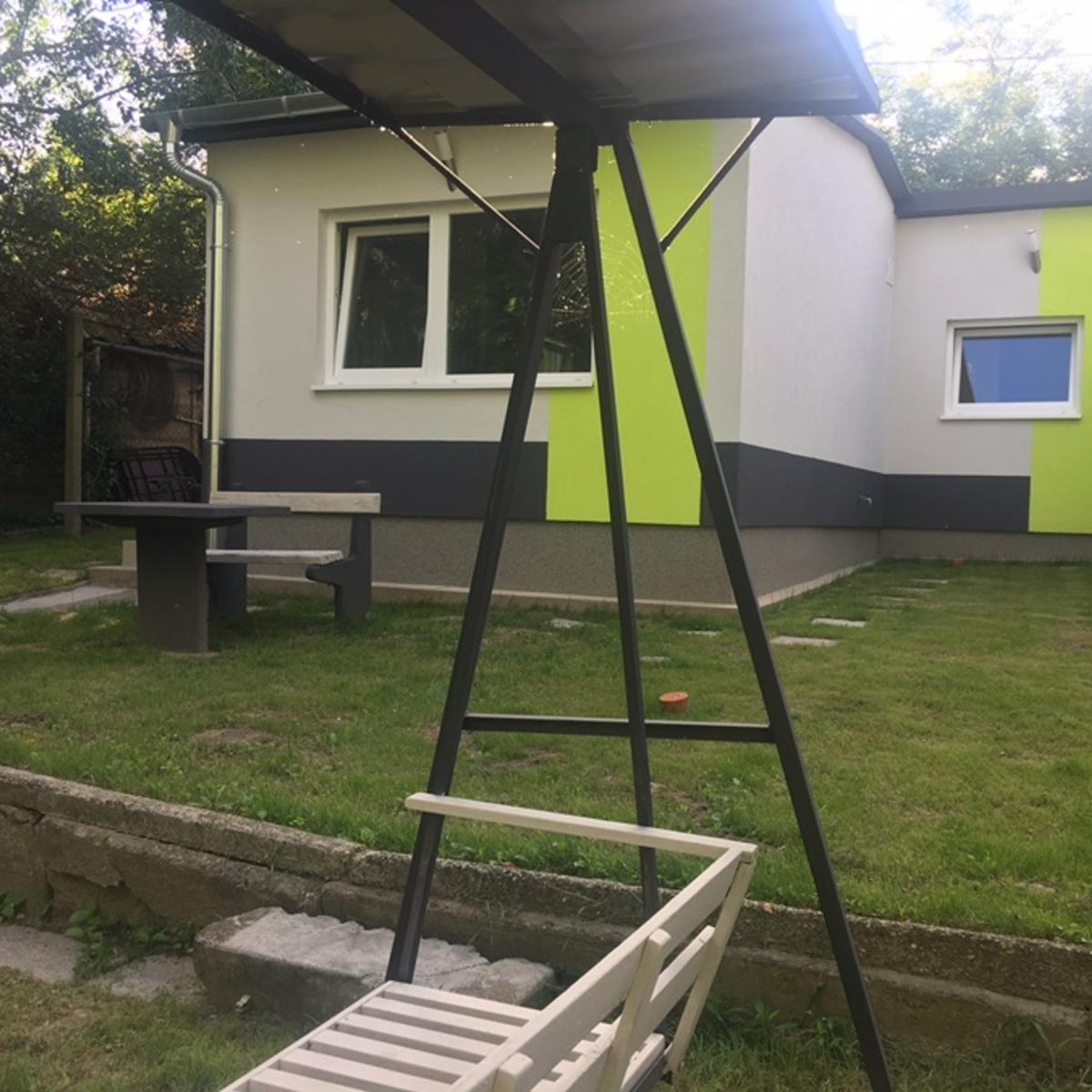Eladó  családi ház (Pest megye, Szigetszentmiklós, Ádám Jenő sétány) 24,9 M  Ft