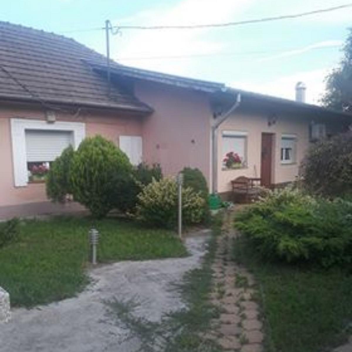 Eladó  családi ház (Budapest, XVIII. kerületBudapest, XVIII. kerület, Dózsa György u.) 36,5 M  Ft