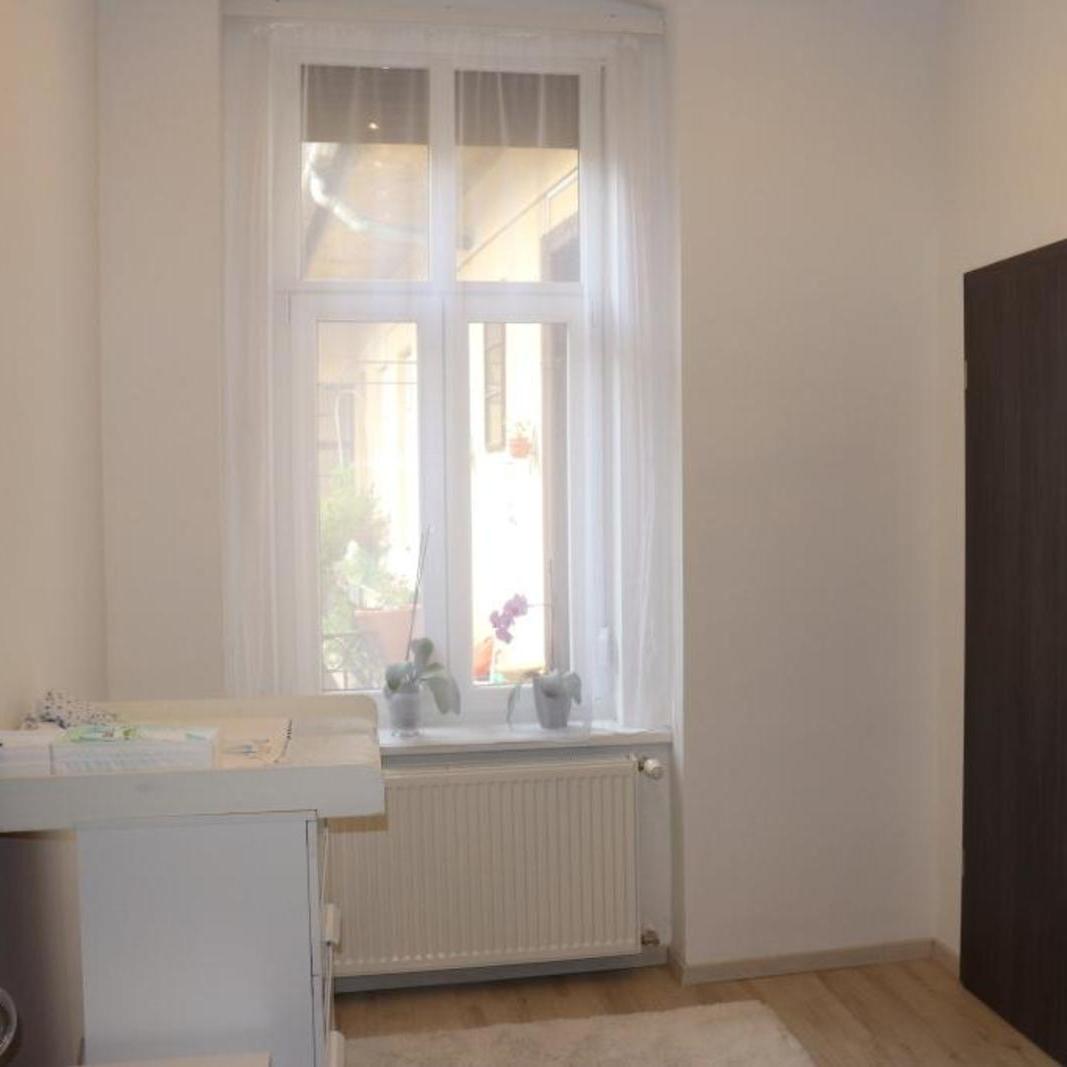 Eladó  téglalakás (Budapest, I. kerületBudapest, I. kerület) 59,9 M  Ft