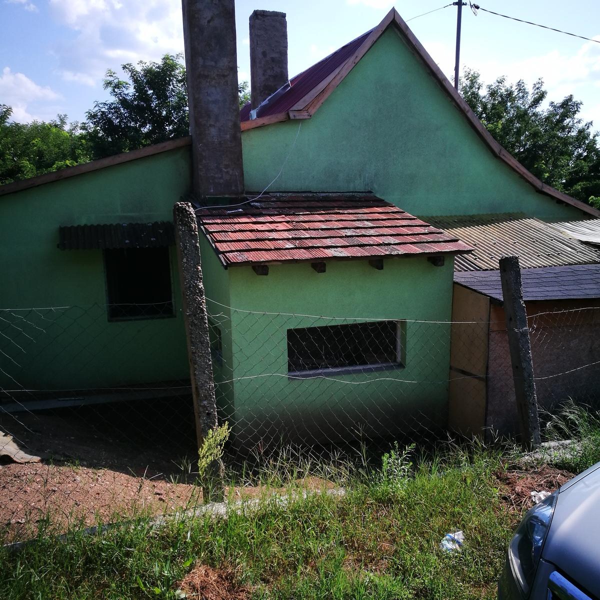 Eladó  családi ház (Hajdú-Bihar megye, Debrecen, Hrsz:31975/6) 5,5 M  Ft