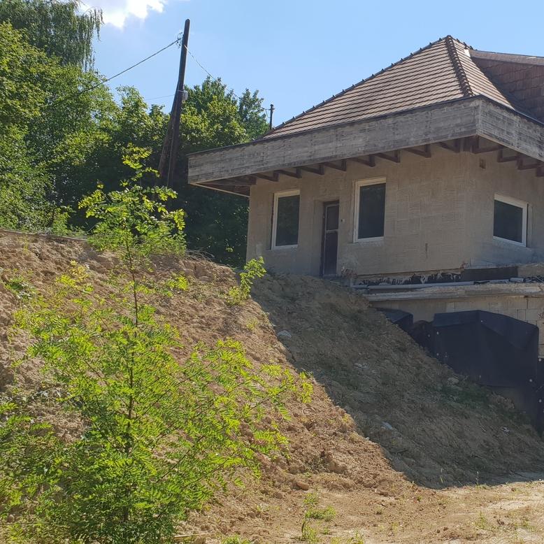 Eladó  családi ház (Pest megye, Budakeszi, Avar utca) 59,9 M  Ft