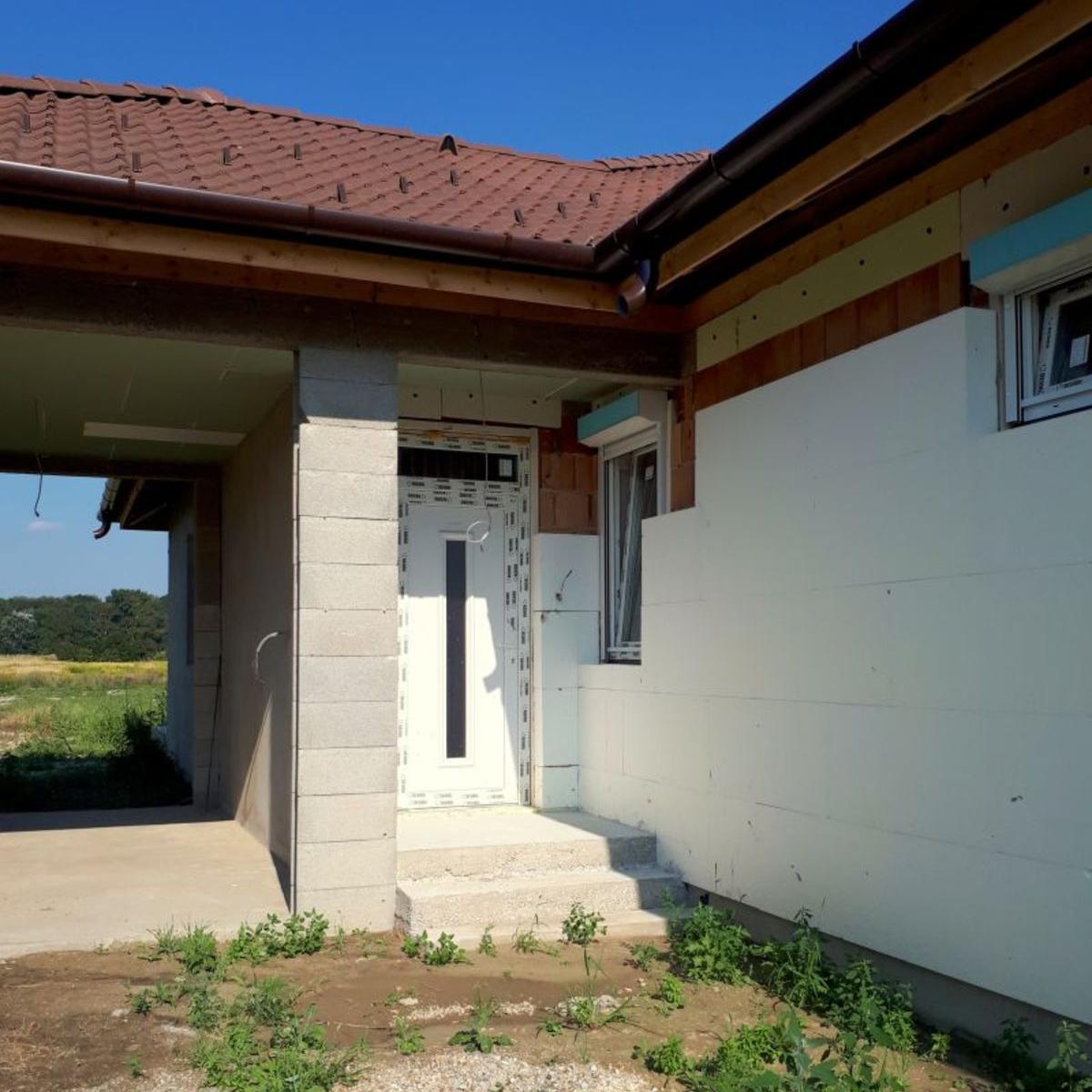 Eladó  ikerház (Győr-Moson-Sopron megye, Mosonmagyaróvár, 86-os út) 30,1 M  Ft