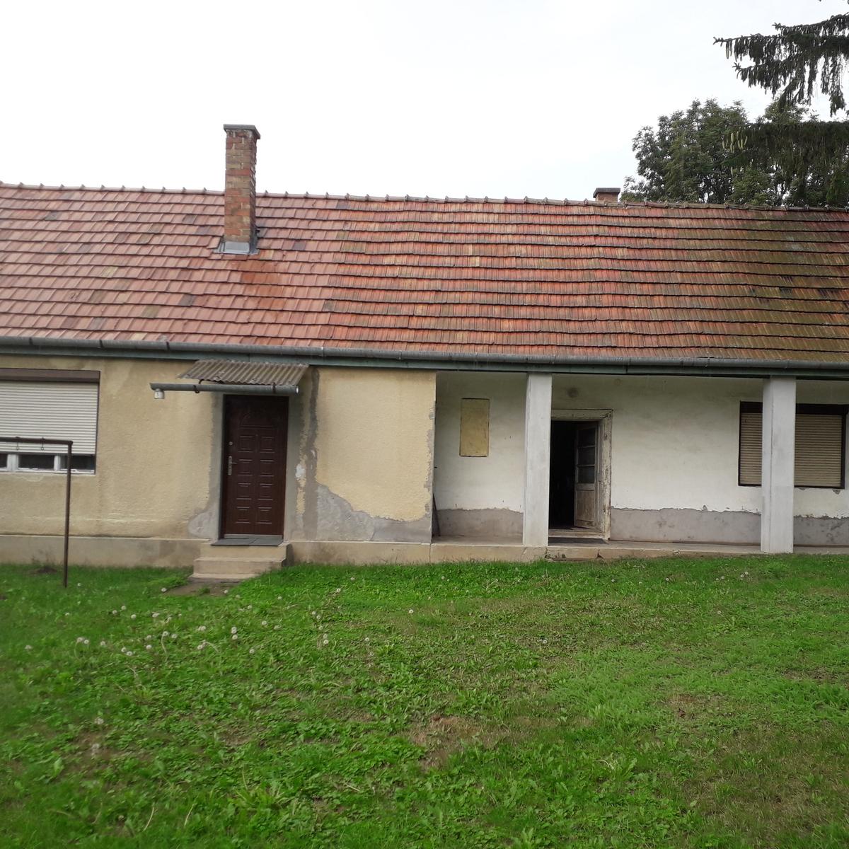 Eladó  családi ház (Pest megye, Tinnye, Zrínyi Miklós utca) 9 M  Ft