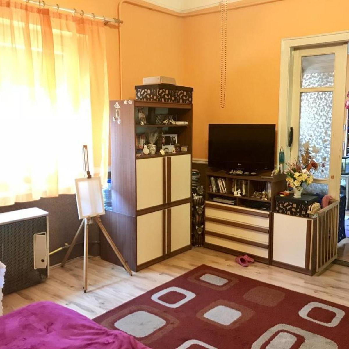 Eladó  téglalakás (Budapest, IV. kerületBudapest, IV. kerület, Nádor u.) 24,9 M  Ft