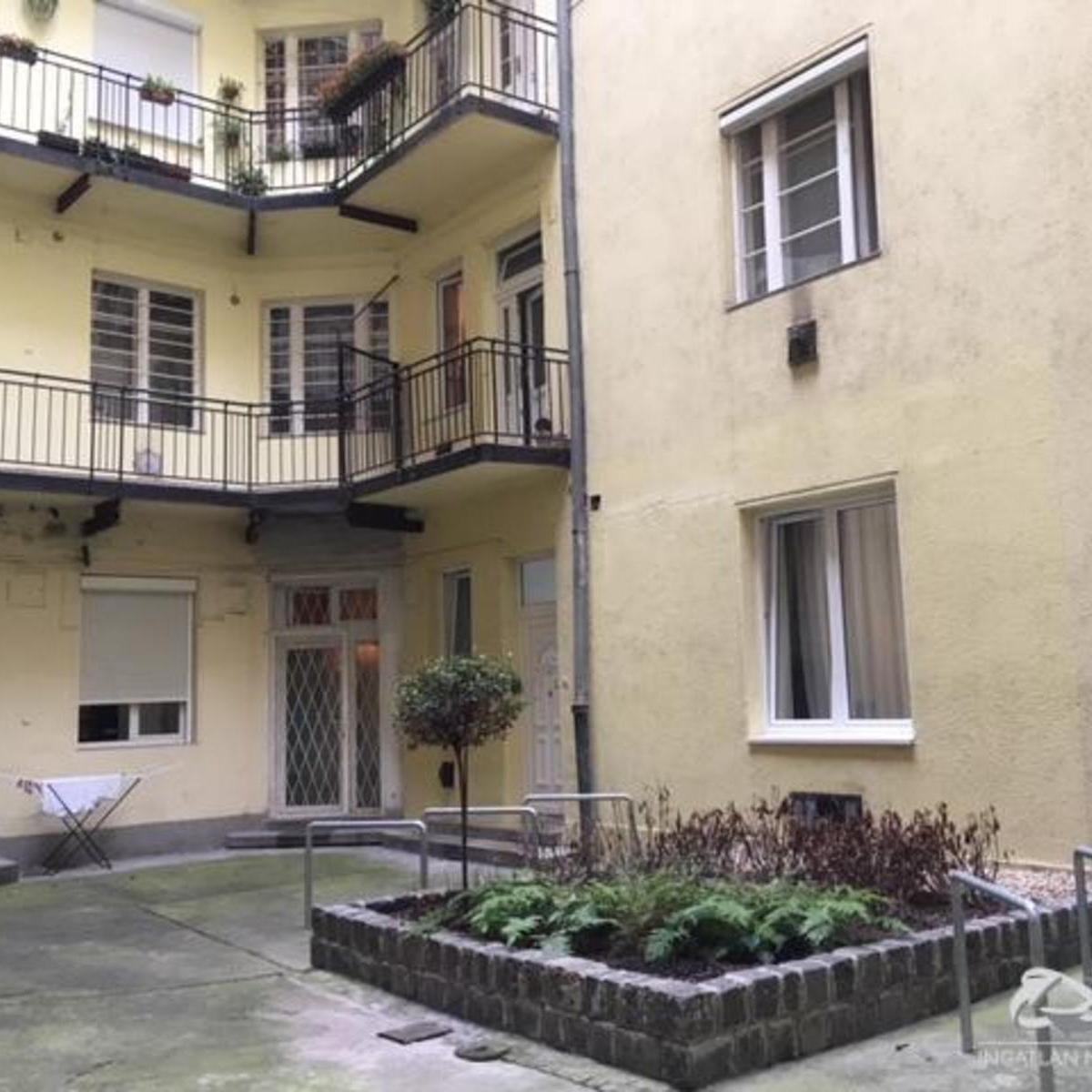 Eladó  téglalakás (Budapest, VII. kerületBudapest, VII. kerület, Klauzál u.) 19,9 M  Ft