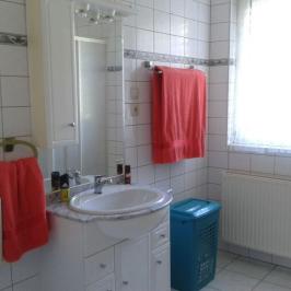 Eladó  családi ház (Gyenesdiás) 49,5 M  Ft