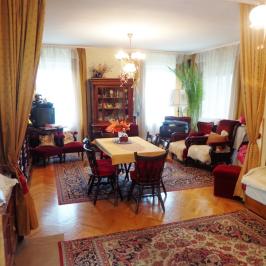 Eladó  családi ház (<span class='notranslate'>Budapest, III.  </span>kerület) 150 M   <span class='notranslate'>Ft</span>