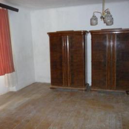 Eladó  családi ház (Dombrád) 2 M  Ft
