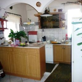 Eladó  családi ház (Nyíregyháza, Simai u. környéke) 35 M  Ft