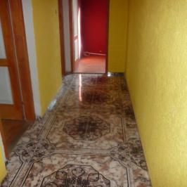 Eladó  családi ház (Nyíregyháza, Tiszavasvári u.környéke) 21,5 M  Ft