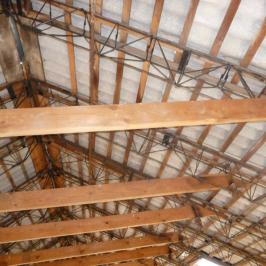 Eladó  ipari ingatlan (Rozsrétszőlő) 60 M  Ft
