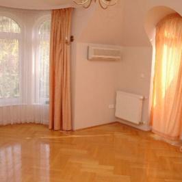 Kiadó  ikerház (Budapest, II. kerület) 644 E  Ft/hó