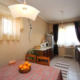 Eladó  családi ház (Szentendre, Izbég) 51,5 M  Ft
