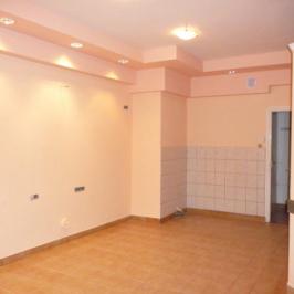Eladó  üzlet (Nyíregyháza, Belváros) 14,5 M  Ft