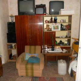 Eladó  családi ház (Nyíregyháza, Kemecsei u.környéke) 12 M  Ft
