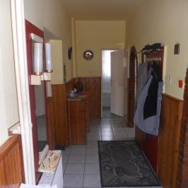 Eladó  családi ház (Nyíregyháza, Sóstóhegy) 30 M  Ft