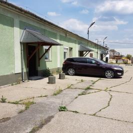 Eladó  raktár (<span class='notranslate'>Budapest, III.  </span>kerület) 365 M   <span class='notranslate'>Ft</span>