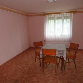 Eladó  családi ház (<span class='notranslate'>Nyíregyháza</span>, <span class='notranslate'>Kovácsbokor</span>) 5,9 M   <span class='notranslate'>Ft</span>
