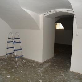 Eladó  üzlet (Budapest, VII. kerület) 48 M  Ft