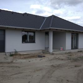 Eladó  családi ház (Tököl) 39 M  Ft